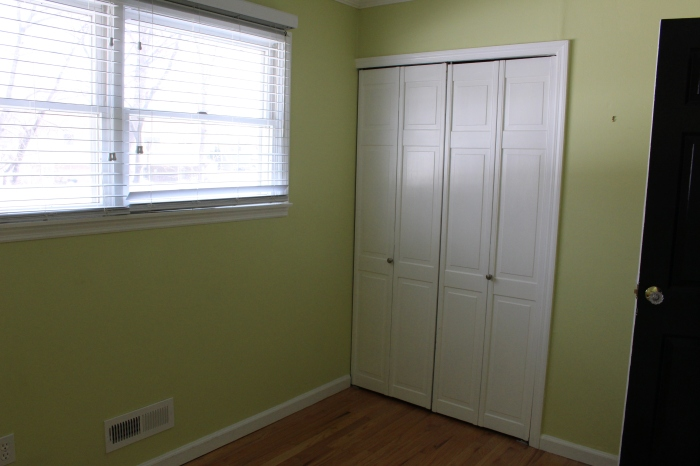 closing - small bedroom